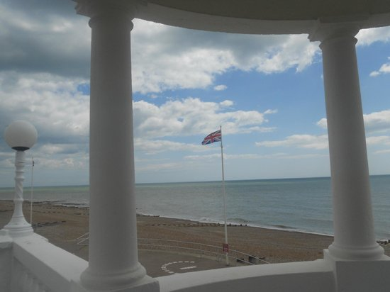 De La Warr Pavilion: Looking south from one of the porticos
