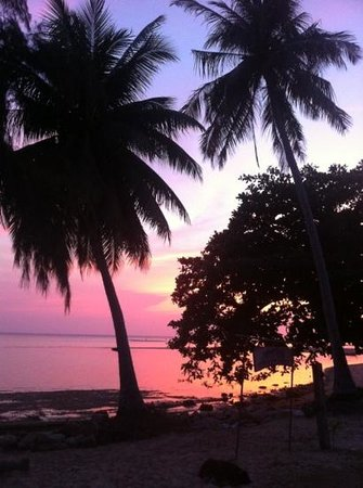 Blue Lotus Resort: view of the sunset from the restaurant
