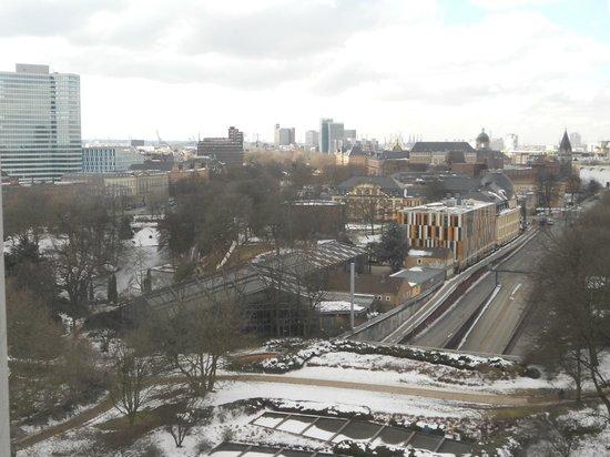 Radisson Blu Hotel, Hamburg: a very cold view from room