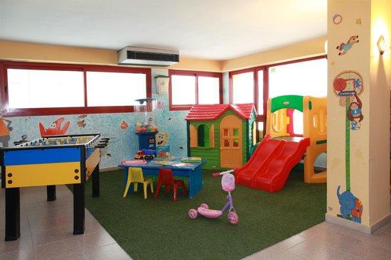 Hotel Sofia - Jesolo: sala giochi per i bimbi