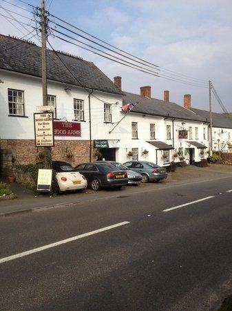 The Hood Arms Restaurant