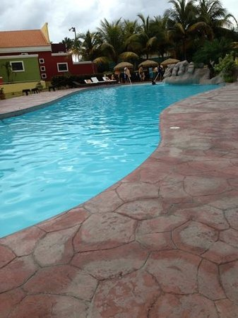 Hotel Punta Maracayo : piscina