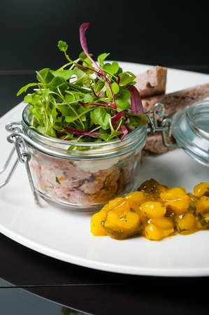 The Lowry Restaurant : Potted ham hock, piccalilli, date and walnut bread, dressed leaves