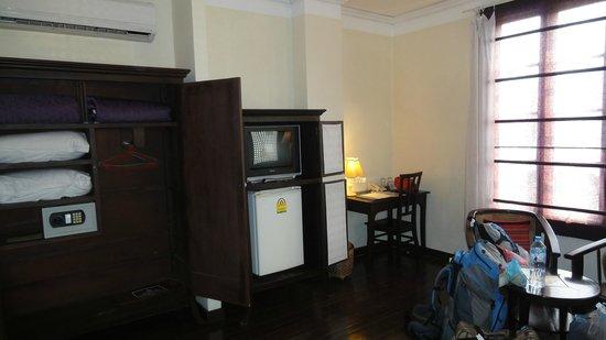 Hotel Khamvongsa: Room 306