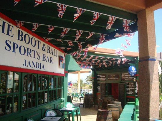 Boot & Ball British Sports Bar: Royal Wedding