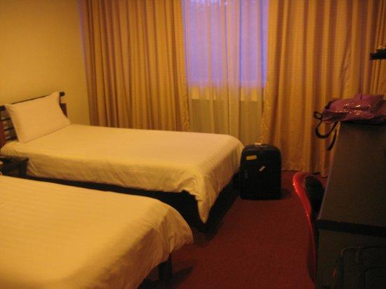 Metropolitan YMCA Singapore : Room