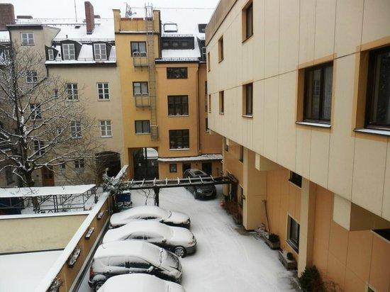 Hotel Brunnenhof: Blick in den Innenhof