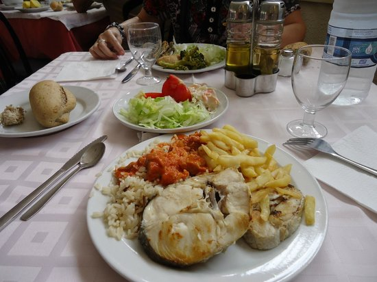 MedPlaya Hotel Balmoral: Mustra del buffet en el hotel Balmoral