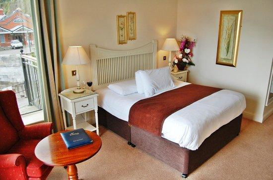 WatersEdge Hotel: ground floor double room