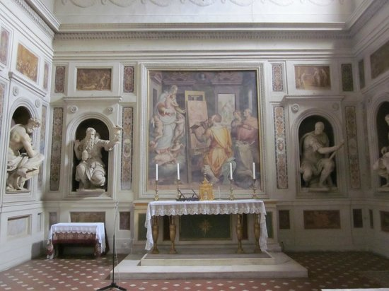 Freya's Florence Tours: St. Luke painting the Virgin Mary--as patron saint of artists