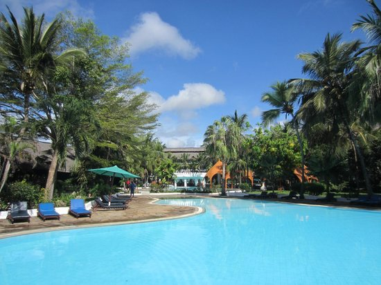Southern Palms Beach Resort: Fun in the sun!