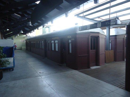 Railway Square YHA: Quartos em vagão