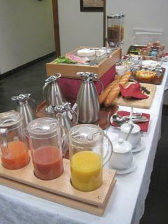 Hotel Caudron : Breakfast Buffet