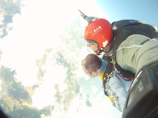 Skydive Algarve: Freefalling