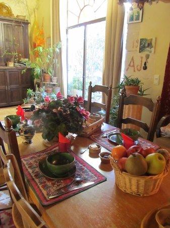 Moulin de la Croix : Petit déjeuner Bio