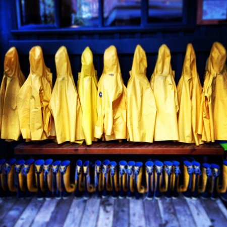 Middle Beach Lodge: Rain Coats and Boots at Middle Beach Lodge