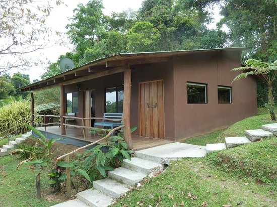 Chachagua Rainforest Hotel & Hacienda: Our cabin on the hill.