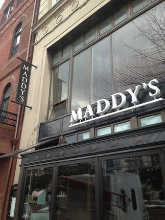 Maddy's Bar & Grille: view from street