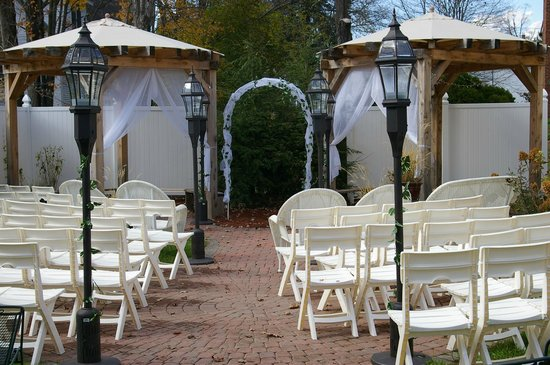 Inn Victoria: Ready for a Wedding in the Fall