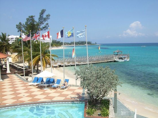 Jewel Dunn's River Beach Resort & Spa, Ocho Rios,Curio Collection by Hilton: Beautiful Pier