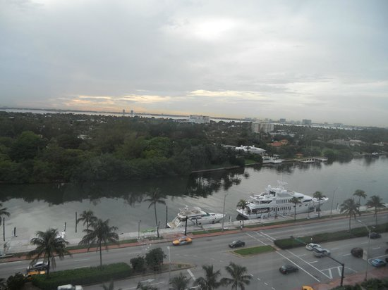 Fontainebleau Miami Beach: This was the view from our room.