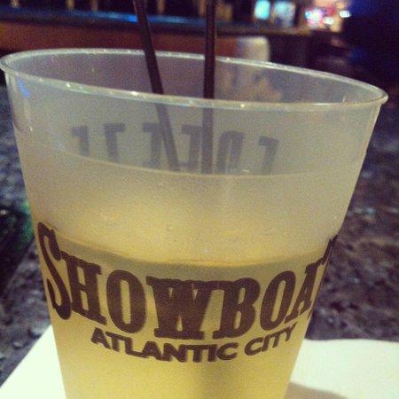 Showboat Atlantic City Casino : Vodka & Red Bull