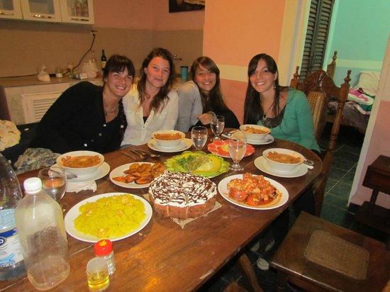 Casa Bombino: Ultima noche hasta un pastel de cumpleaños recibi! <3