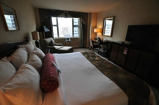 The Benson, a Coast Hotel: Standard King Room
