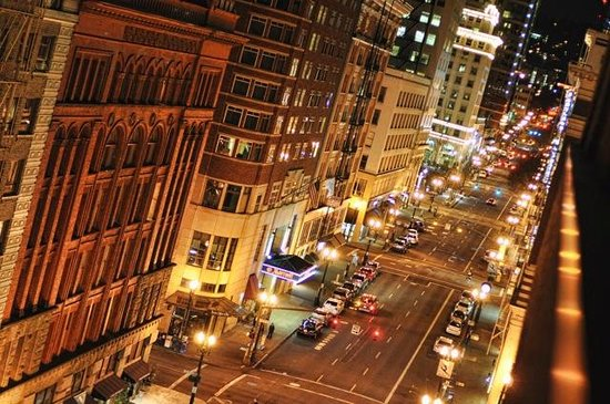 The Benson, a Coast Hotel: The view from our window. SW Broadway at night