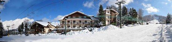 Gambarie, Italy: Hotel e pista