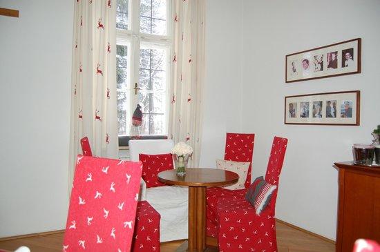 Villa Trapp: Frühstücksraum