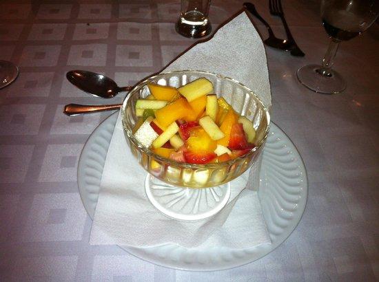 Hotel Belavista da Luz : 2013 03 23 Belavista Da Luz Hotel - Fresh fruit salad