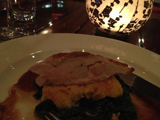Goldman Restaurant: 主菜吃了一半才拍照真抱歉