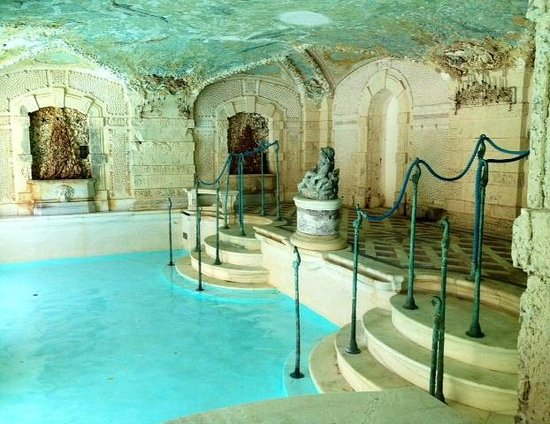 Vizcaya Museum And Gardens: Pool Grotto At The Vizcaya Estate, Miami Fl