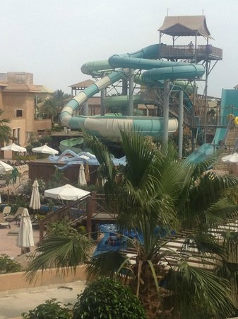 Coral Sea Aqua Club Resort: slides