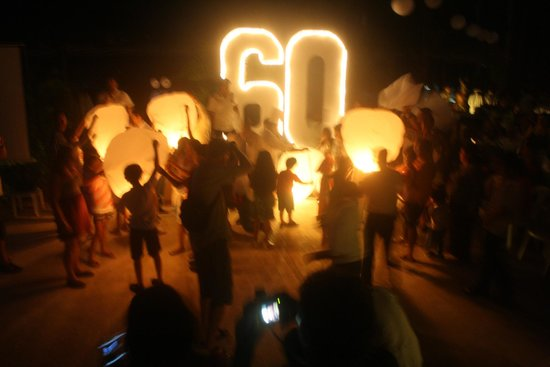 Barcelo Huatulco Beach Resort: Earth hour celebration!