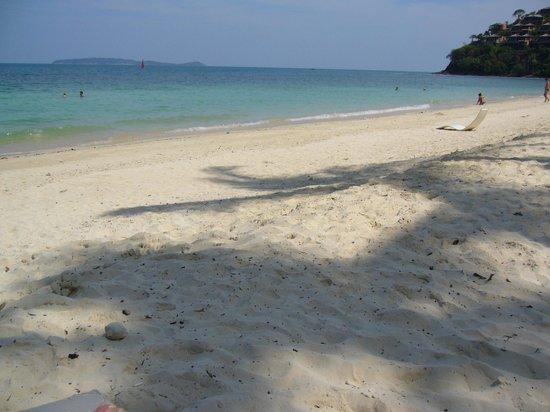 Cape Panwa Hotel: beach