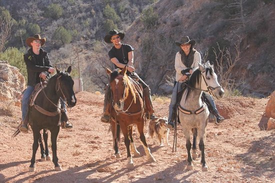 Palo Duro Riding Stables : OUR WONDERFUL GUIDES NOAH,AND THE OWNERS JESSE IN THE MIDDLE & KRISTEN TO THE RIGHT