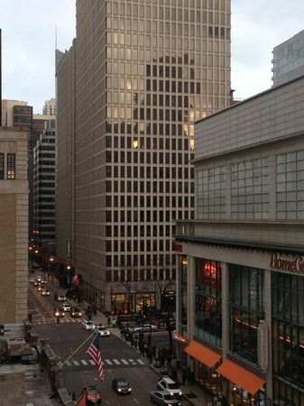 AC Hotel Chicago Downtown: View of Michigan Avenue from our room