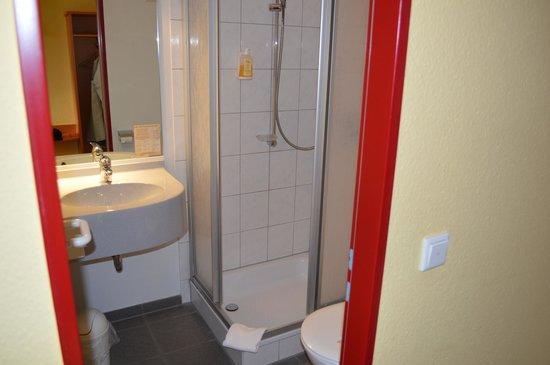 Hotel Montana Senden : Badezimmer