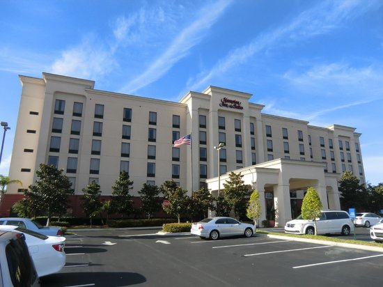 Hampton Inn & Suites Orlando International Drive North: Aussenansicht