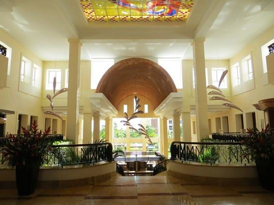Excellence Playa Mujeres: Lobby Area
