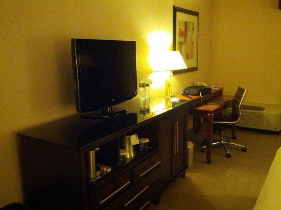 Hilton Washington DC North Gaithersburg: Basic Room