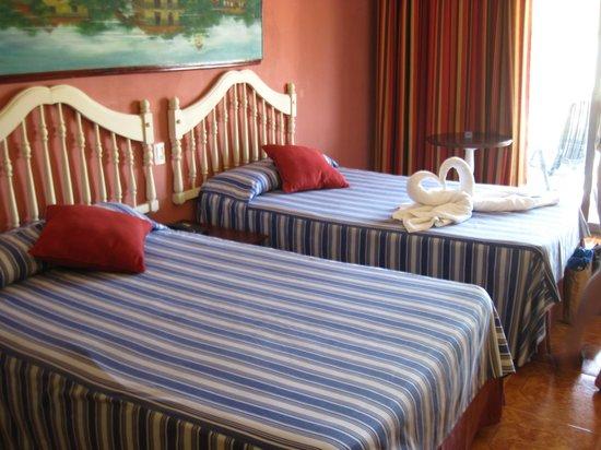 IBEROSTAR Daiquiri: Habitacion muy comoda