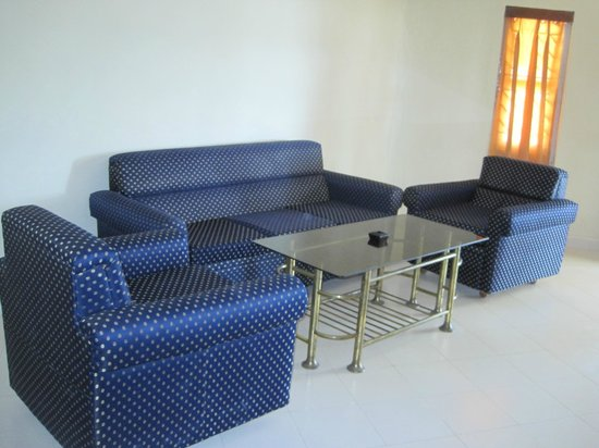 Dolphin Resort: Inside VIP Cottage...
