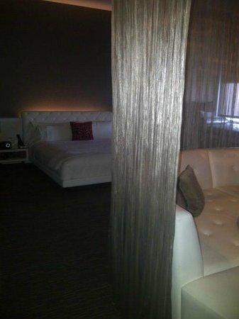 دبليو هوليود: View of Suite