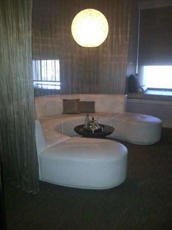 W Hollywood: Cool Couch!