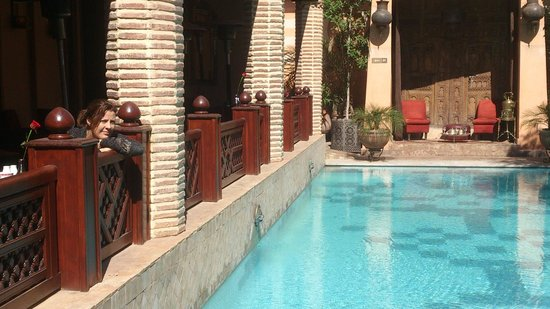 La Maison Arabe: pool/breakfast area