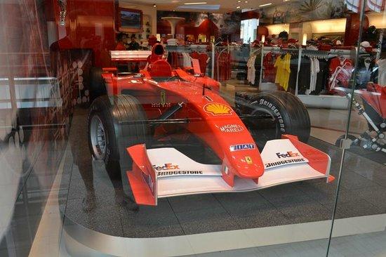   Aventura Mall   Local Puma + Ferrari  