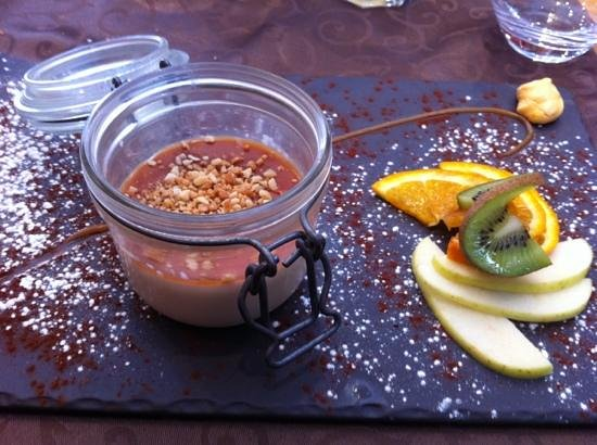 Casa Nostra : pana cotta au caramel beurre sale